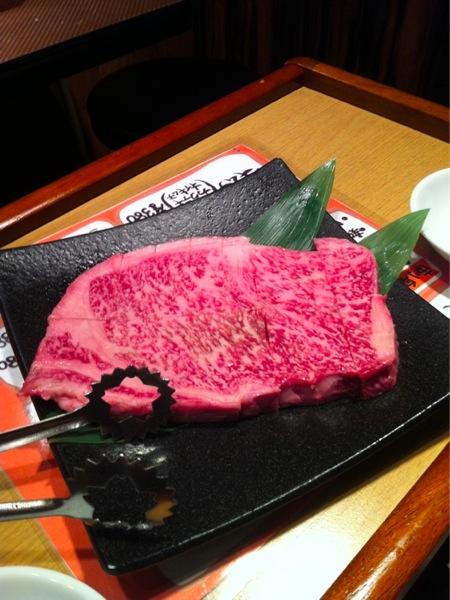 サーロインステーキ 1,380円⁄100g