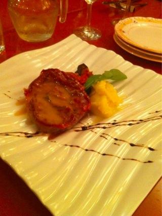 セコンド(メイン料理):仔牛ロースソテー香草白ワインソース