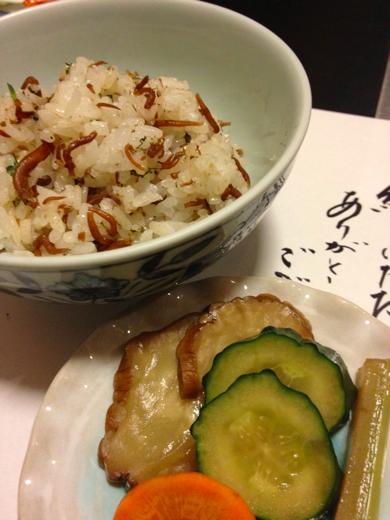 ご飯(じゃこ飯とお漬物、味噌汁)