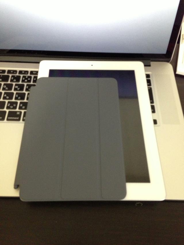 iPad(3rd gen.)と比較