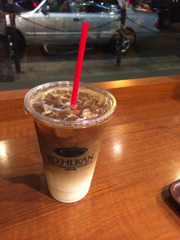 とか言いながら、今日もカフェに行く。